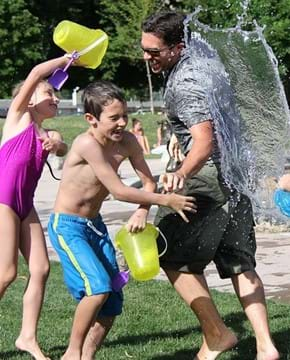 water-fight-442257_640.jpg